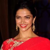 Deepika Padukone Promote Finding Fanny on the Sets of Cine Stars Ki Khoj