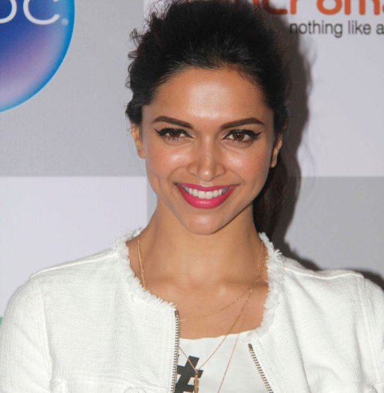 Deepika Padukone at Vogue Fashion Night Out 2014 in Mumbai