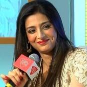 Tabu in Creamy White Anarkali Dress at India Today Woman Summit 2014