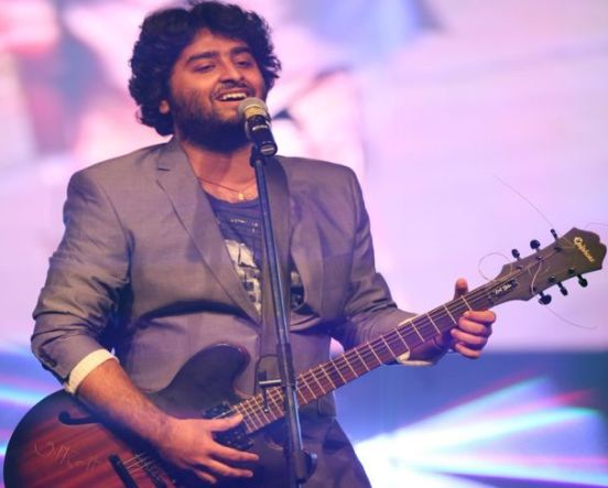Arijit Singh Live In Concert Ahmedabad Gujarat – November 2014 at Karnavati Club
