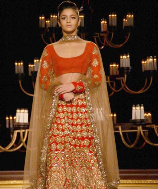 Alia Bhatt in Red Lehenga at Manish Malhotra Show at ICW ...