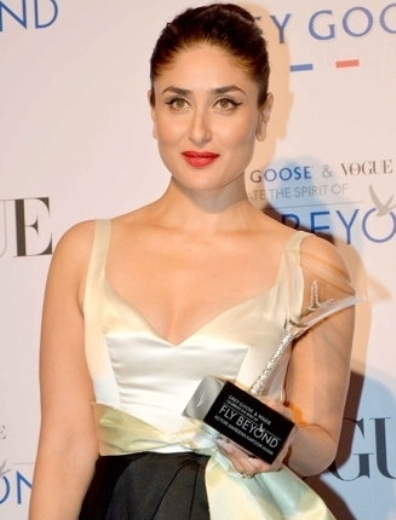 Kareena Kapoor in Backless Floor Length Gown at Grey Goose India's Fly Beyond Awards 2014