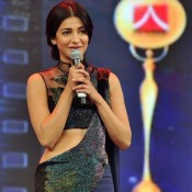 The 9th Asiavision Awards 2014 Photos – Shruti Haasan in Navy Blue Saree Gown Images