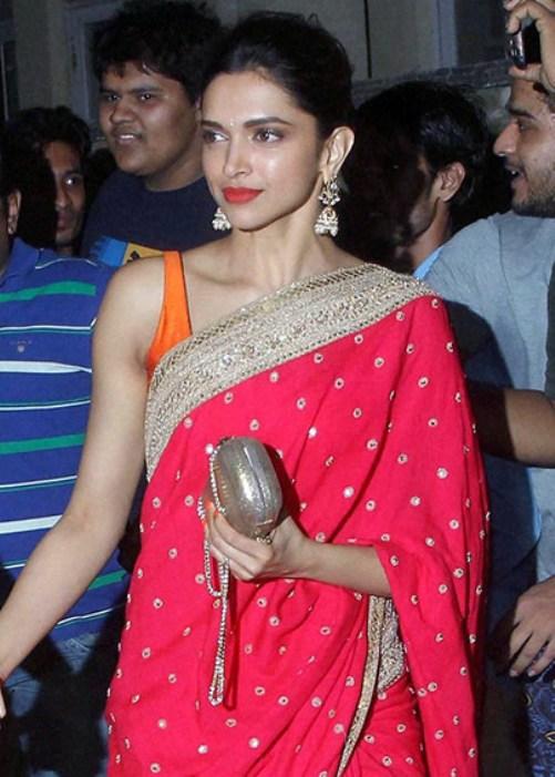 Deepika Padukone in Red Saree at Aamir Khan Diwali Party ...