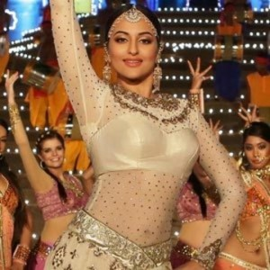 Sonakshi Sinha Hot Pics in RADHA NACHEGI Item Song of Tevar Movie