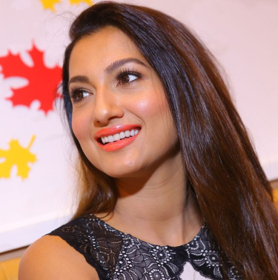 Gauhar Khan in Black Skirt at Inaugurates Kesar Designer Sweets Outlet