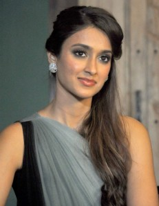 "Ileana D'cruz Promote Happy Ending on Sonali Bendre's TV Show ""Ajeeb Dastaan Hai"""