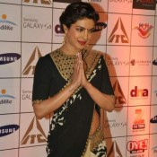 Priyanka Chopra in Black and Golden Saree Pics