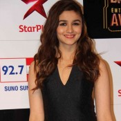 Alia Bhatt in Black Halter Neck Gown at Big Star Entertainment Awards 2014