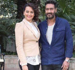 "Sonakshi Sinha and Ajay Devgn Promote ""Action Jackson"" in Delhi"