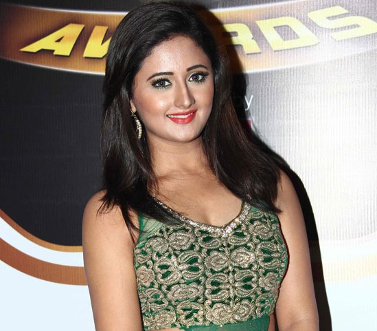 Rashmi Desai Hot In Green Silk Gown Dress at Zee Gold Awards 2014