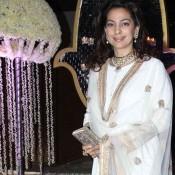 Juhi Chawla in White Churidaar Sabyasachi Suit at Rriddhi Malhotra's Reception Function