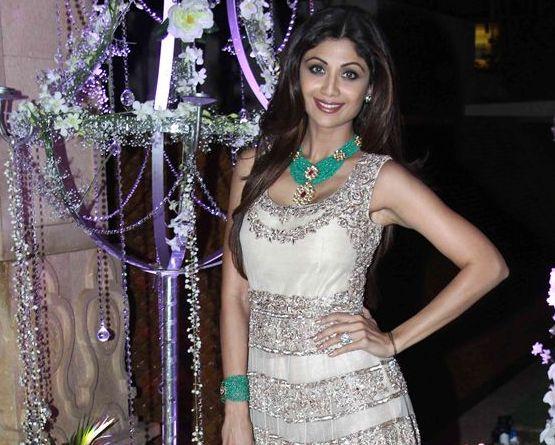 Shilpa Shetty In Cream Lehenga Gown At Rriddhi Malhotra