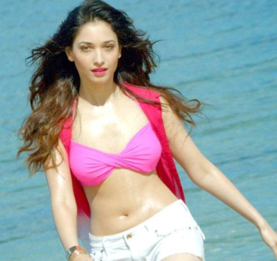 Tamanna Bhatia Hot in Bikini Pics –Bold Photos from Humshakals Movie