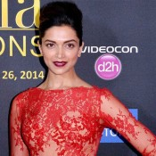 Deepika Padukone in Red Gown at IIFA Awards 2014 – Sizzling Hot Images Skin Tight Body Hugging Full Sleeve Evening Dress