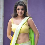 Kajal Agarwal Hot Navel in Saree – Hot Photos in Navel Showing Green Saree