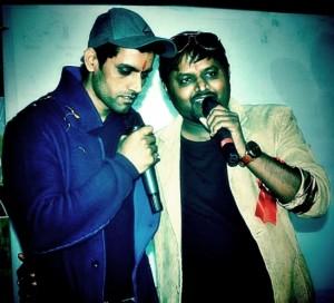 Makad Jaala Movie Team Promoting Movie Bhagwant University in Ajmer