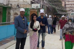 Makad jaala Hindi Movie Team Promoting Movie in Ajmer