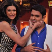 Sushmita Sen with Kapil Sharma on Set of Comedy Nights With Kapil