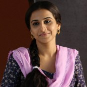 Vidya Balan Traditional Look in New Desi Hairstyle – Close Up HD Photos with Cute Smiling Face