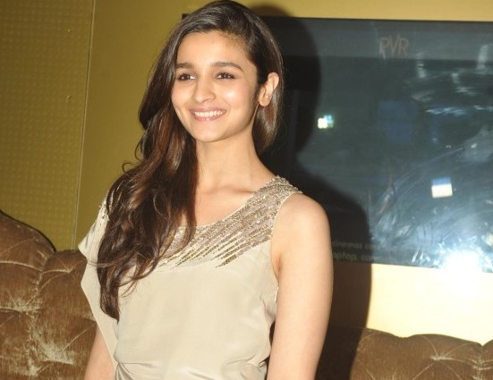Alia Bhatt in Gray Short Dress Sexy Legs Show Pics at Promotion of Film 2 States at PVR Cinemas in Mumbai