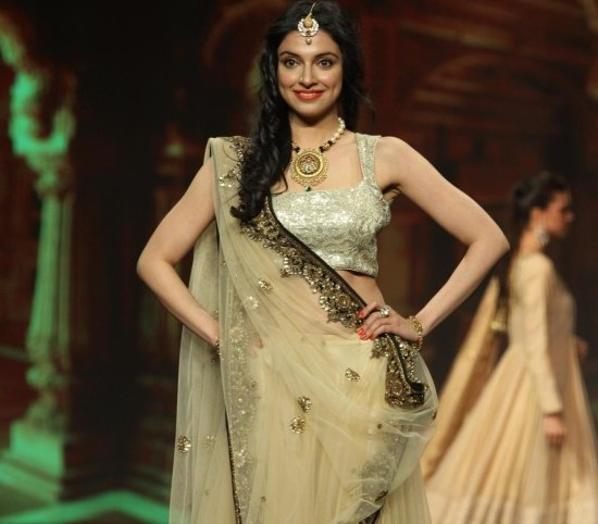 Divya Khosla in Cream Lehenga Choli at Caring with Style` 9th Annual Fashion Show