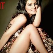 Geeta Basra Hot Thigh Legs Show Pics in Short Sexy Dress