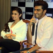 Alia Bhatt and Arjun Kapoor in Ahmedabad for 2 States Movie Promotion