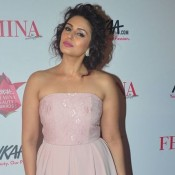 Huma Qureshi in Pink Strapless Gown at Femina Beauty Awards 2015