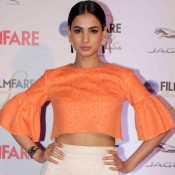Sonal Chauhan in Orange Crop Top at Filmfare Glamour and Style Awards 2015