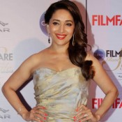 Madhuri Dixit in Strapless Gown at Filmfare Glamour And Style Awards 2015