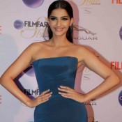 Sonam Kapoor at Filmfare Glamour and Style Awards 2015