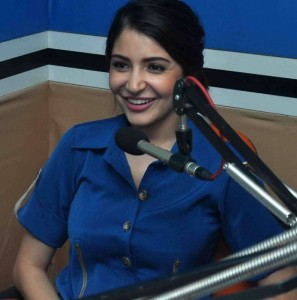 NH10 Movie Promotion Pics – Anushka Sharma and Neil Bhoopalam at Red FM