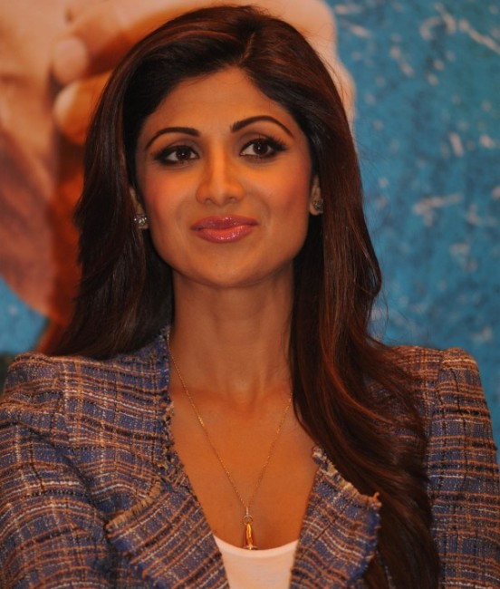 Shilpa Shetty Hot at Press Meet of Film Dishkiyaoon in Mumbai