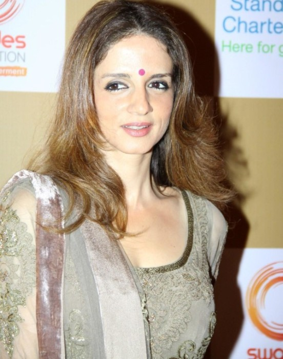Suzen Khan In Anarkali Dress at The Swades Fundraiser