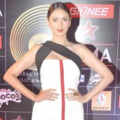 Aditi Rao Hydari in White Evening Gown at Global Indian Music Awards (GIMA) 2015