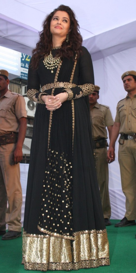 Aishwarya Rai Anarkali Aishwarya Rai in Black