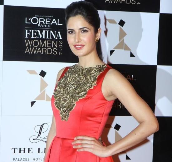 Katrina Kaif in Red Floor Length Gown Photos at Femina Woman Awards 2014