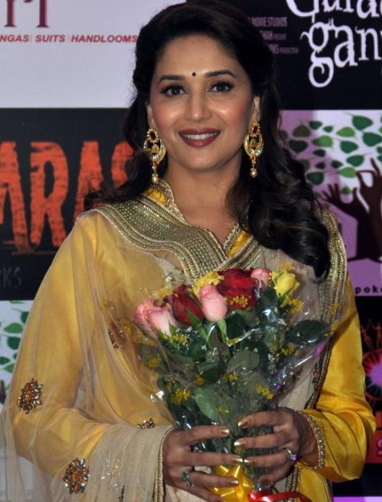Madhuri Dixit with Hoop Earrings Promoting Gulaab Gang 2014 Movie in Kolkata