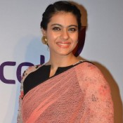 Kajol Devgan in Peach Transparent Saree at Stree Shakti Woman Awards 2014