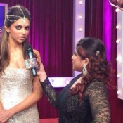 Deepika Padukone Hot Cleavage Show at Zee Cine Awards 2014