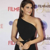 Jacqueline Fernandez in Black One Shoulder Gown at Filmfare Glamour and Style Awards 2015