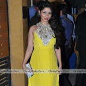 Yellow Full Long Floor Length Evening Gown with Shoulderless Pattern Looks Beautiful On Tanisha Mukherjee
