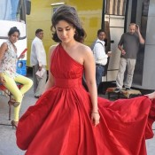 Kareena Kapoor Hot in Red Dress For Lakme Add Shout in Mehboob Studio Mumbai