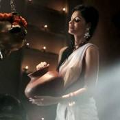 Sonali Raut Extremely Hot Sexy Pose in Transparent Wet White Saree in Hindi Movie EXPOSE of Himesh Reshammiya