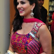 Sunny Leone in Traditional Dress having Jaipuri Embroidery Pattern, Mirror & Patch Work at Jaipur for Ragini MMS 2 Promotion