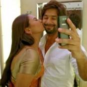Unseen Hot Pics of Sonakshi Sinha Kissing Shahid Kapoor – Kiss Photos of Bollywood Stars
