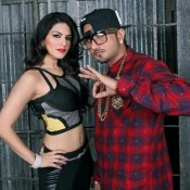"Yo Yo Honey Singh and Sunny Leone Hot Photos from ""4 Bottle Vodka Song"" on Sets of Ragini MMS 2"