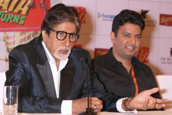 Amitabh Bachchan in Navy Blue Blazer at Bhoothnath Retunes Press Conference in New Delhi