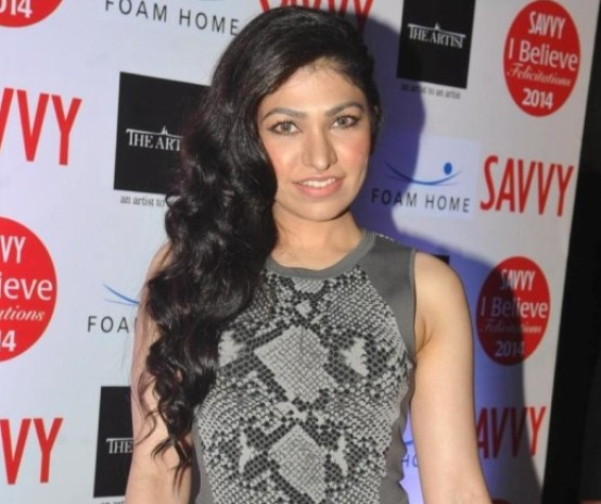 Singer Tulsi Kumar in Gray Tight Gown Dress at Savvy I Believe Felicitation Function